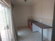 Flat-Apartment in to rent in Henley On Klip, Meyerton
