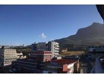 Flat-Apartment in to rent in Salt River, Cape Town