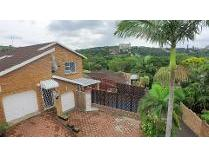 Townhouse in for sale in Amanzimtoti, Amanzimtoti