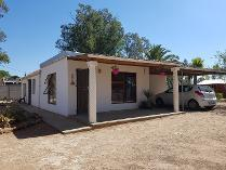 House in for sale in Porterville, Porterville