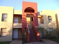 Flat-Apartment in to rent in Marais Steyn Park, Edenvale