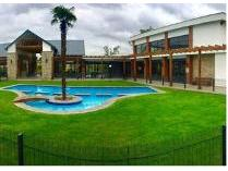 Flat-Apartment in to rent in Olivedale, Randburg