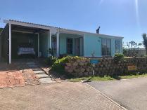 House in for sale in Van Riebeeckstad, Melkbosstrand
