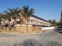 Flat-Apartment in to rent in Fontainebleau, Randburg