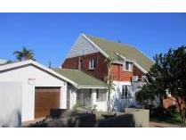 House in for sale in Athlone Park, Durban