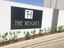 Flat-Apartment in to rent in Halfway House, Midrand