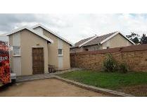 House in to rent in Cosmo City, Roodepoort