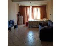 Flat-Apartment in to rent in Karenpark, Akasia