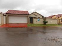 3-bed Property For Sale In Dawn Park Houses & Flats