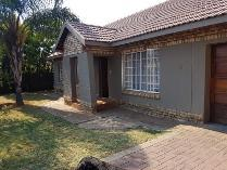 Townhouse in for sale in Waterval, Rustenburg
