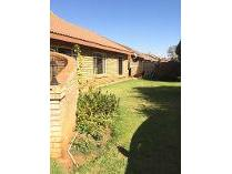 House in to rent in Dassierand, Potchefstroom