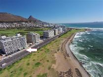 Flat-Apartment in for sale in Mouille Point, Cape Town