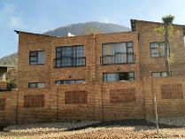 Flat-Apartment in for sale in Schoemansville, Hartebeespoort