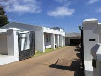 4 Bedroom House For Sale In Meredale
