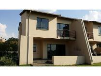 Duplex in to rent in Jackal Creek Golf Estate, Roodepoort