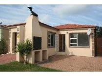 House in to rent in Aston Bay, Jeffrey's Bay