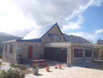 House in to rent in Pringle Bay, Pringle Bay