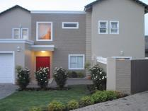 3-bed Property For Sale In Greenstone Hill Houses & Flats
