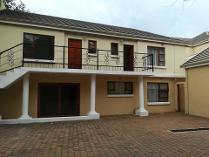 Townhouse in to rent in Houghton Estate, Johannesburg