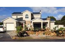 House in to rent in Goose Vallley Golf Estate, Plettenberg Bay
