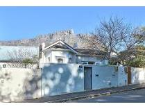 House in for sale in Gardens, Cape Town