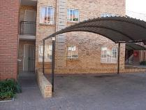 Flat-Apartment in to rent in Noordwyk, Midrand