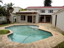 House in for sale in Bonza Bay, East London
