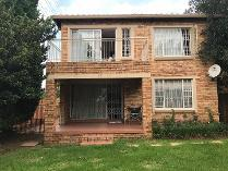 Townhouse in to rent in Olivedale, Randburg