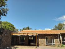 House in for sale in Halfway House, Midrand
