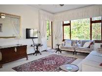 Flat-Apartment in for sale in Oranjezicht, Cape Town