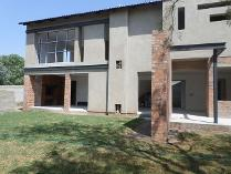 Cluster in for sale in Sunninghill, Sandton