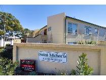 Townhouse in to rent in Townsview, Johannesburg
