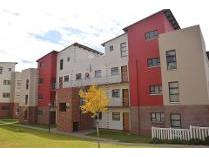 Flat-Apartment in for sale in Barbeque Downs, Midrand