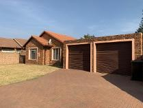 Cluster in to rent in Pomona Ah, Kempton Park