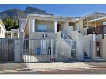 House in for sale in Walmer Estate, Cape Town
