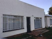 Flat-Apartment in to rent in Meiringspark, Klerksdorp