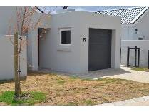 House in to rent in Paarl, Paarl