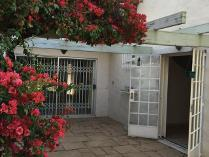 Duplex in to rent in Sandton, Sandton