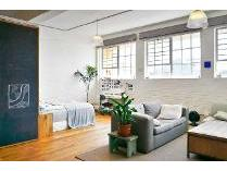 Flat-Apartment in to rent in Woodstock, Cape Town