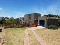 House in for sale in Beachview, Clarendon Marine