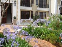 Townhouse in for sale in Hatfield, Pretoria