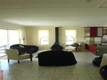 Flat-Apartment in for sale in Troyeville, Johannesburg