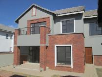 Townhouse in for sale in Meyersdal, Alberton