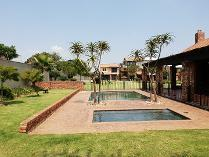 Flat-Apartment in for sale in Vorna Valley, Midrand