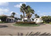 Flat-Apartment in to rent in Century City, Milnerton