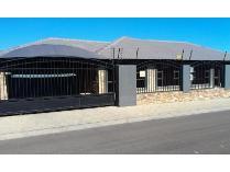 House in to rent in Grimbeek Park, Potchefstroom