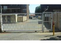 Duplex in to rent in Croydon, Kempton Park