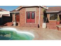 House in to rent in Kleinbosch, Parow