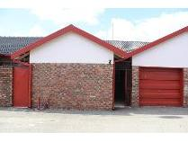 Townhouse in for sale in Kanonierspark, Potchefstroom