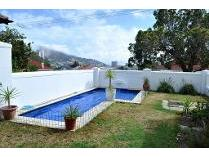House in to rent in Vredehoek, Cape Town
